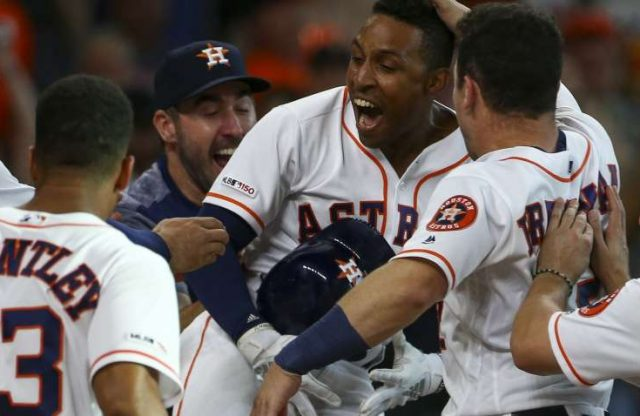 Sportslynx Client Tony Kemp Walks It Off for Astros